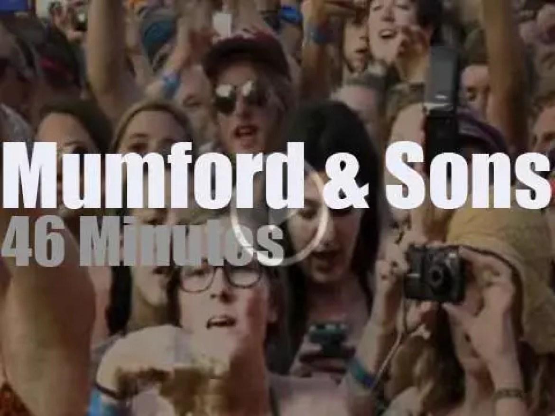 """Mumford and Sons are at """"Bonnaroo"""" (2011)"""