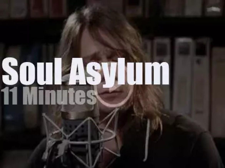 Soul Asylum play for Paste Magazine (2017)