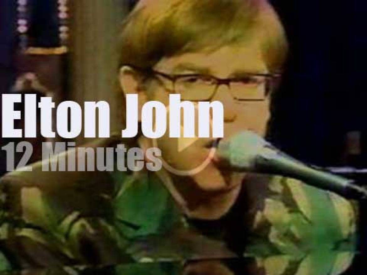 On TV today, Elton John with Rosie O'Donnell (1997)