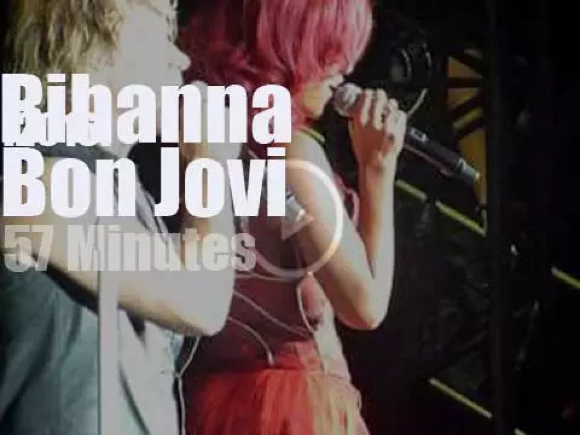 Bon Jovi are about to close then Rihanna walks in (2010)