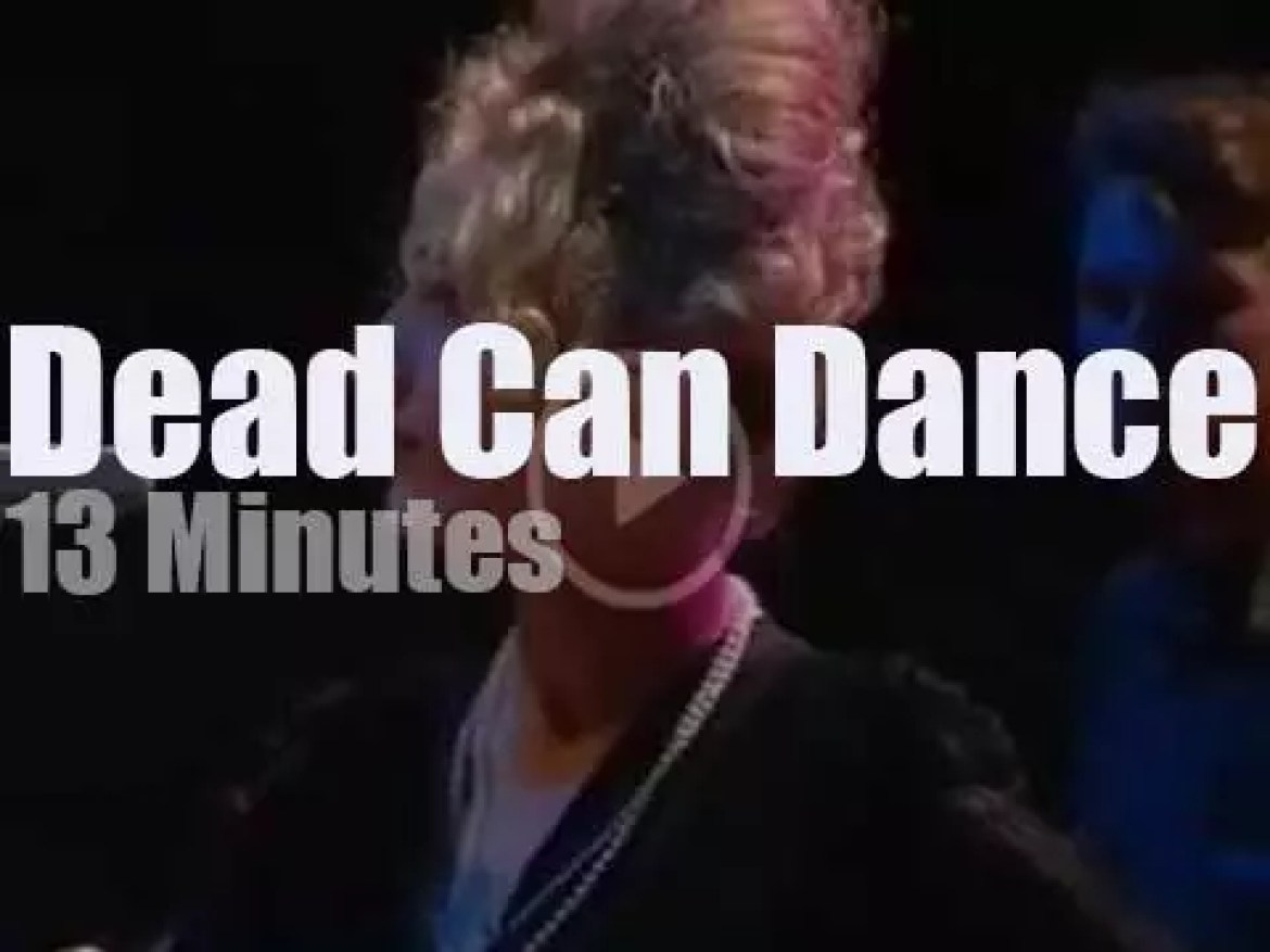 On Dutch TV, Dead Can Dance at 'Kippevel' (1988)
