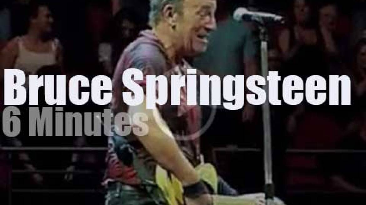 Bruce Springsteen brings 'The River' to Sydney (2017)