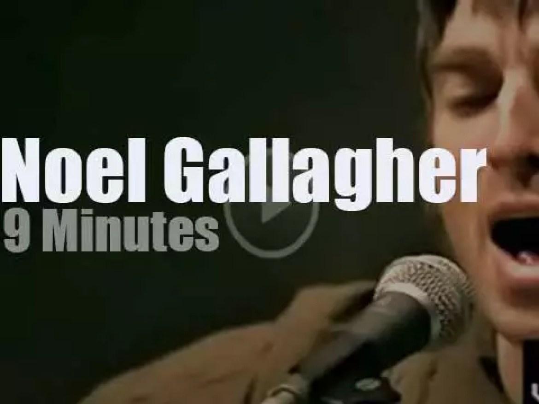 MTV tapes Noel Gallagher (2000)