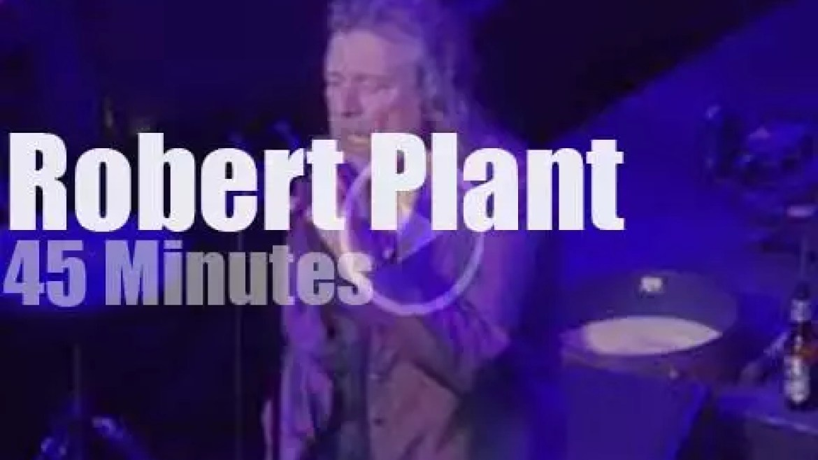 Robert Plant carries fire in NYC (2018)