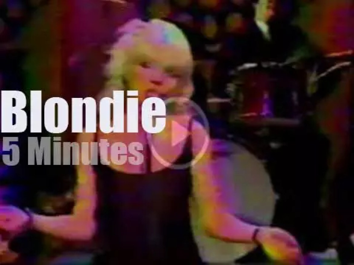 On TV today, Blondie debut at 'Mike Douglas' (1975)