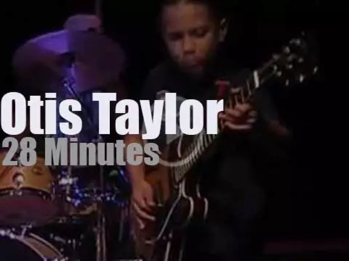 Taz sits in with Otis Taylor (2015)