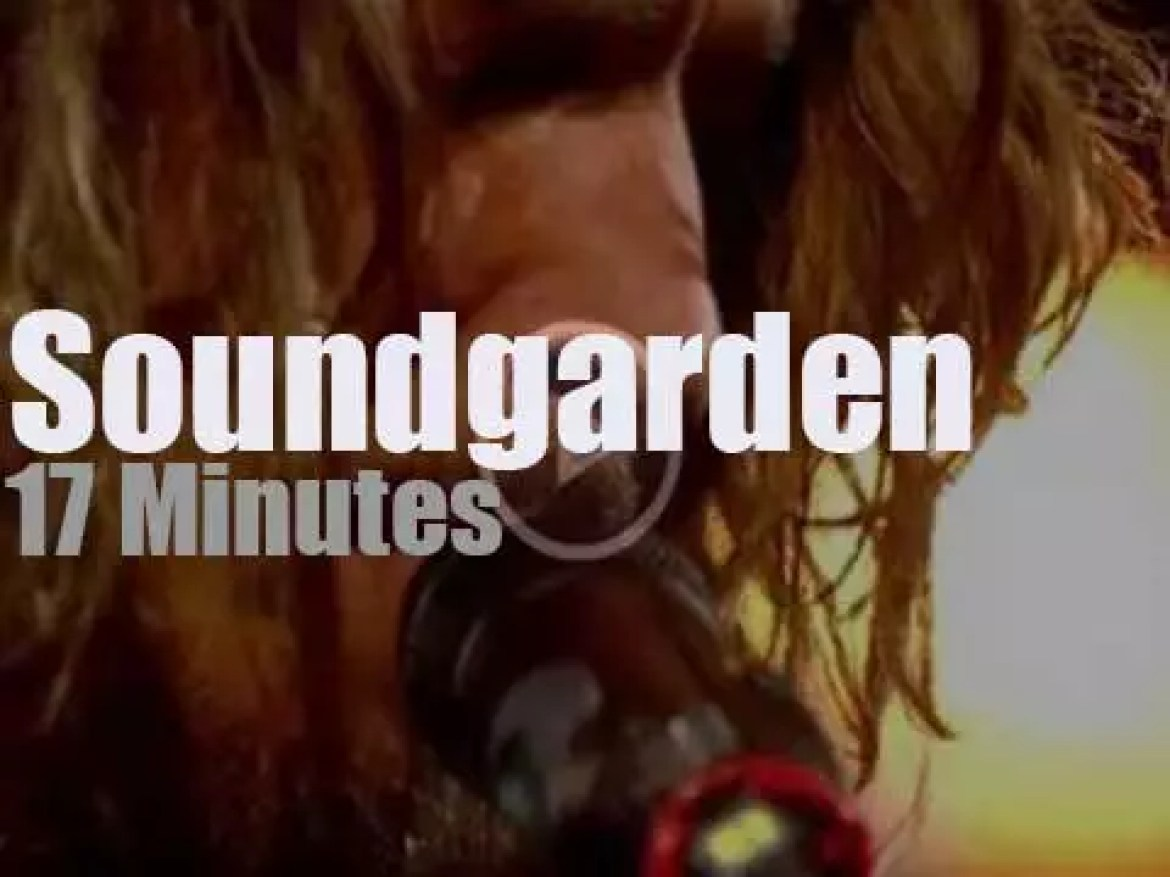 On English TV today, Soundgarden with Jools Holland  (2012)