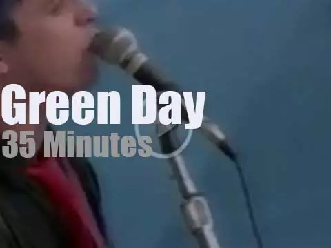 Green Day punkify 'Woodstock 94' Day 3 (1994) - Radio Video