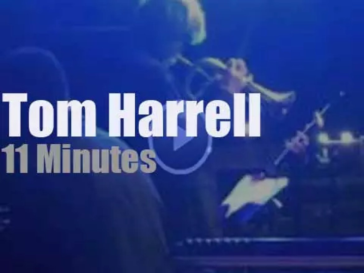 Tom Harrell plays by the sea in Italy (2011)