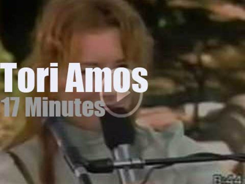 On TV today, Tori Amos at 'Good Morning America' (1999)