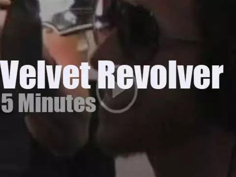 On radio today, Velvet Revolver turn acoustic (2007)