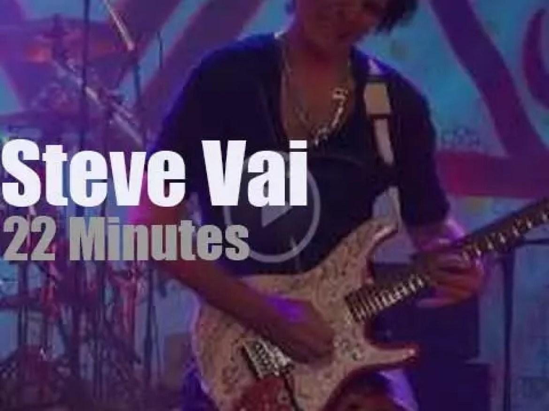 Steve Vai shreds in Pennsylvania (2012)