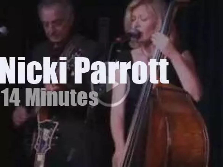 Nicki Parrott sings with the Les Paul's Trio (2012)