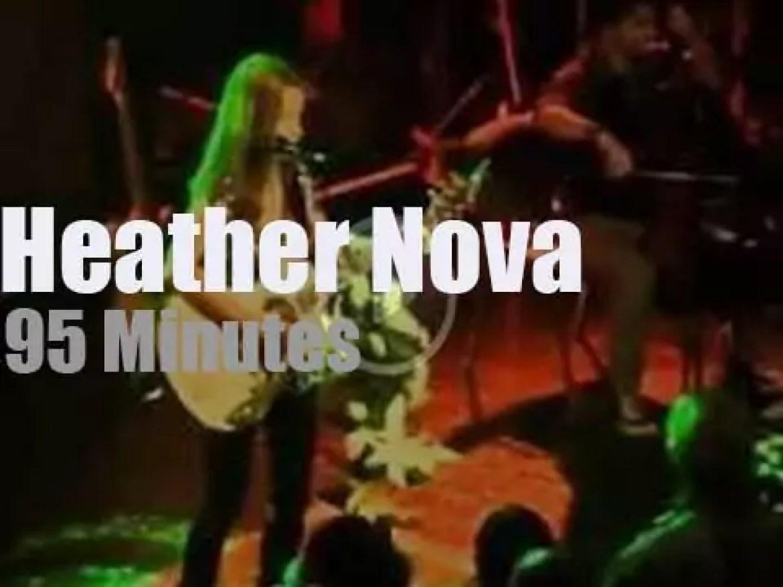 Heather Nova sings in London (2011)