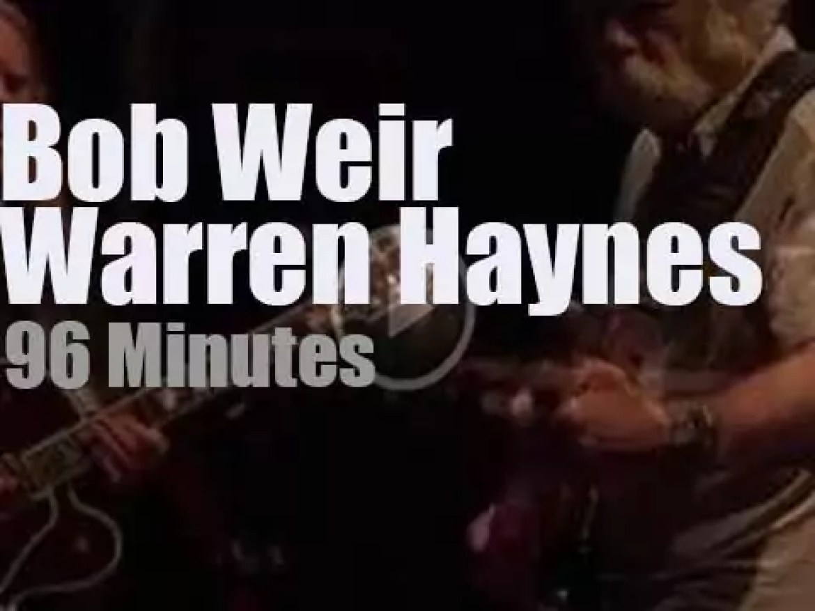 Warren Haynes sits in with Bob Weir and Wolf Bros (2018)