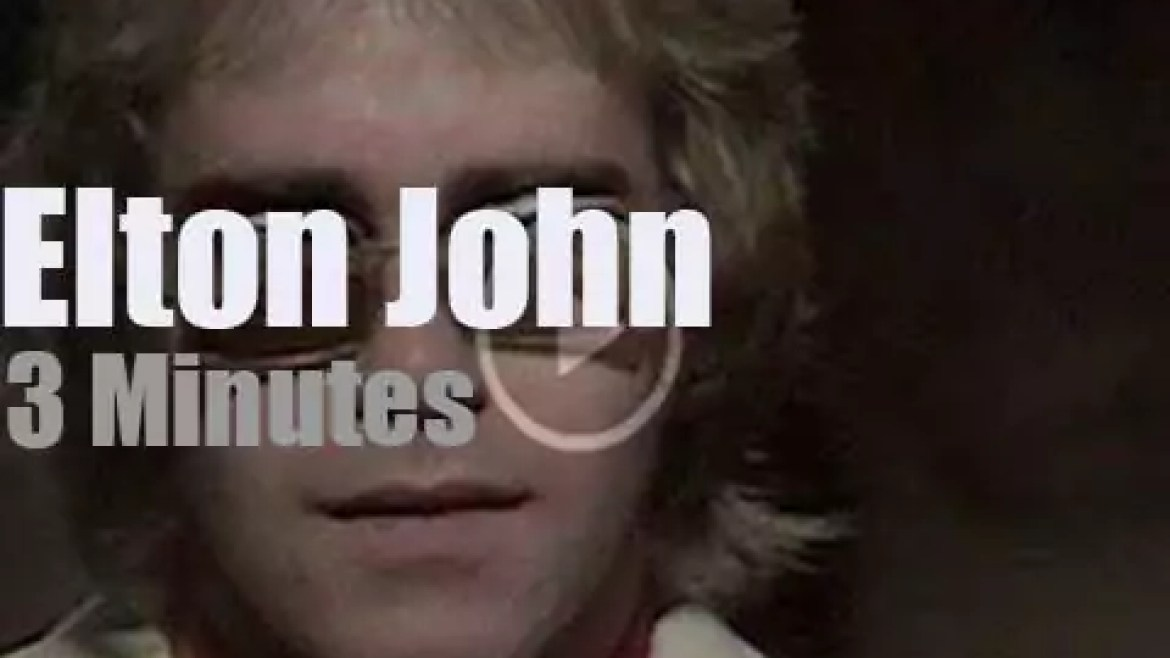 On English TV today, Elton John at 'Top Of The Pops' (1971)