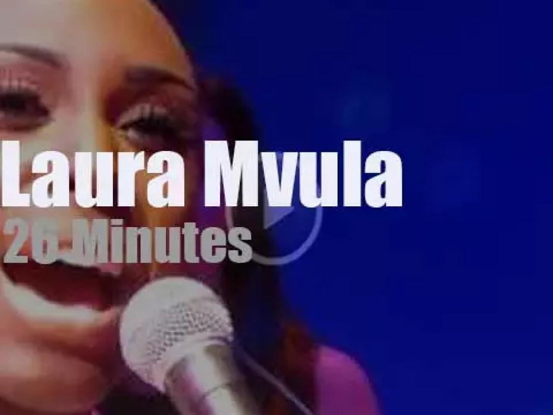 Laura Mvula 'Sings to the Moon' in London (2013)