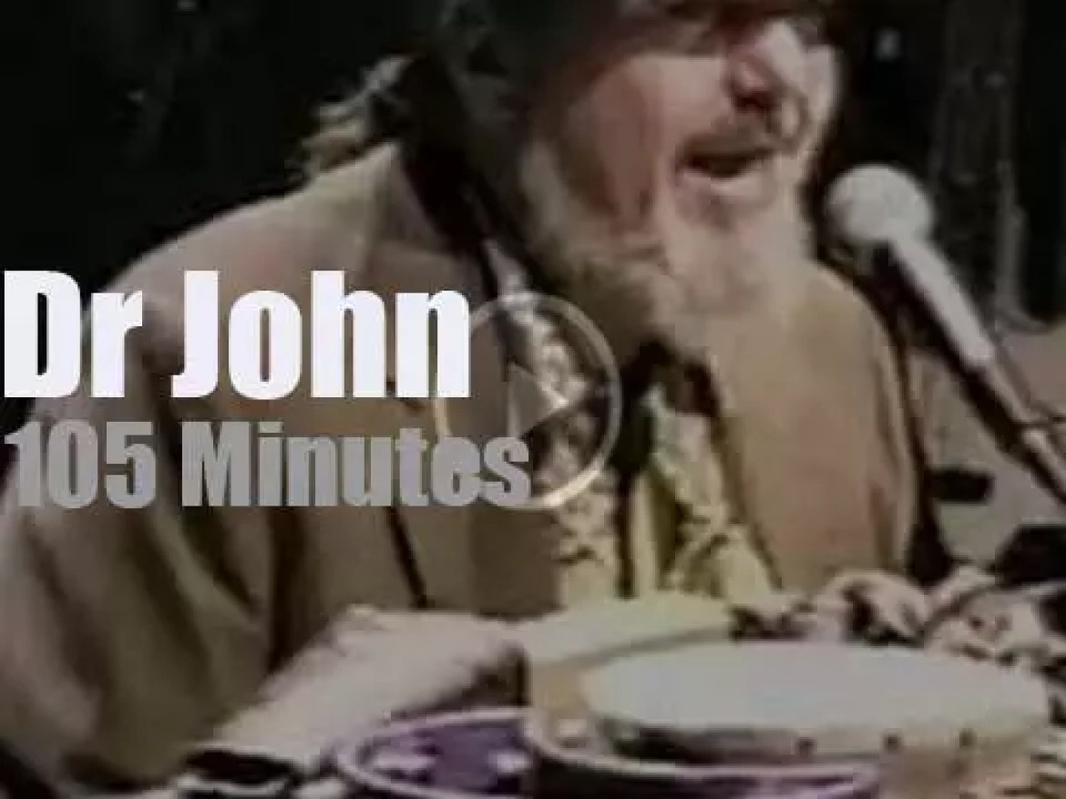 Dr John  plays in Vegas (2000)