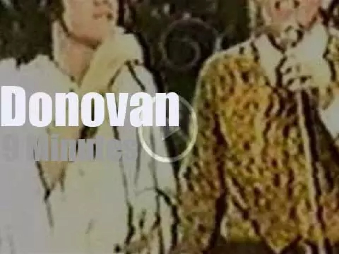 On TV today, Donovan with Andy Williams (1969)