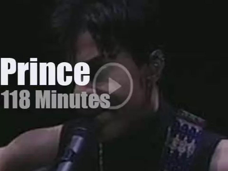 Prince brings Musicology to LA (2004)