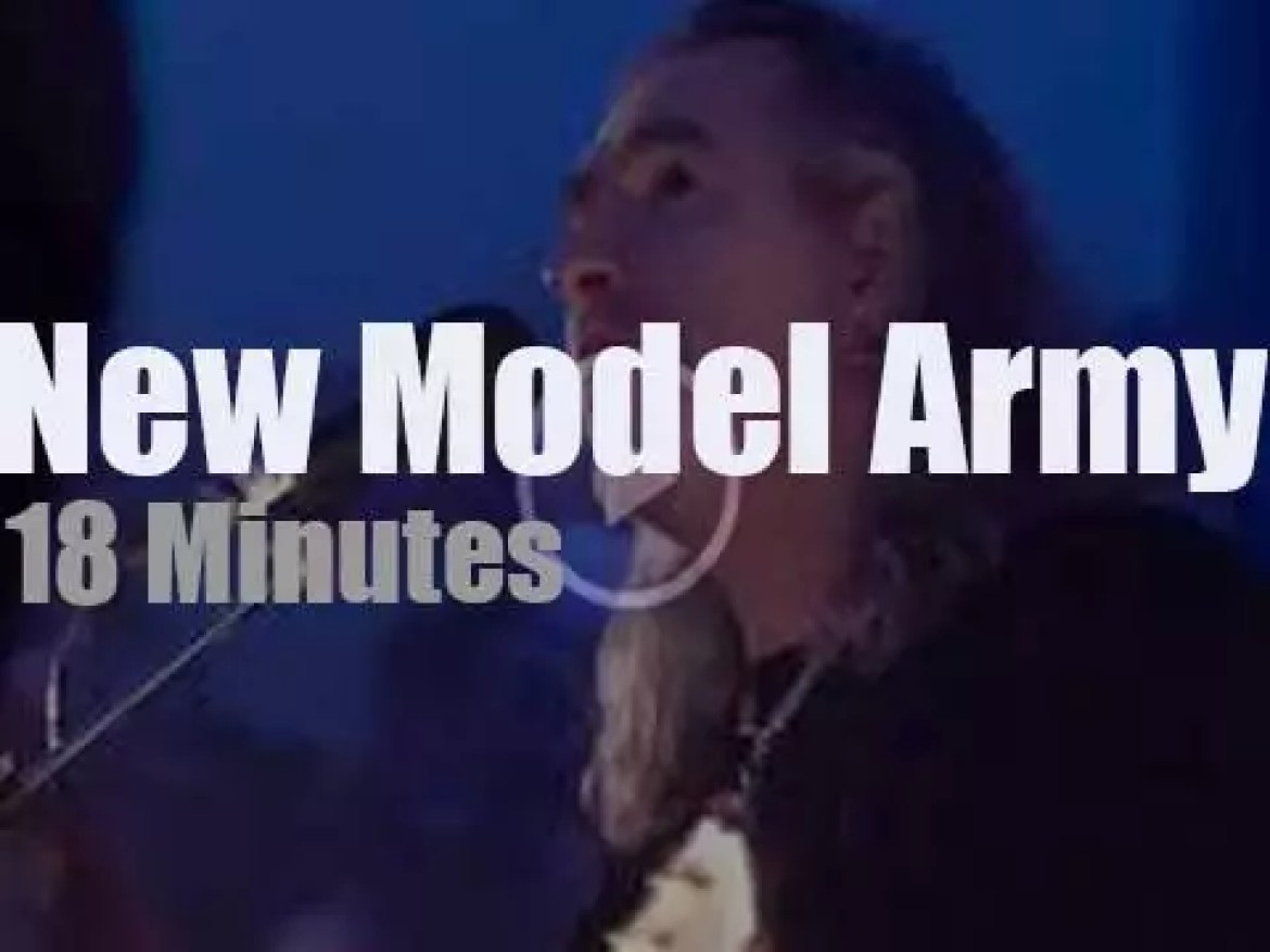 Sing along with New Model Army in a chapel (2018)