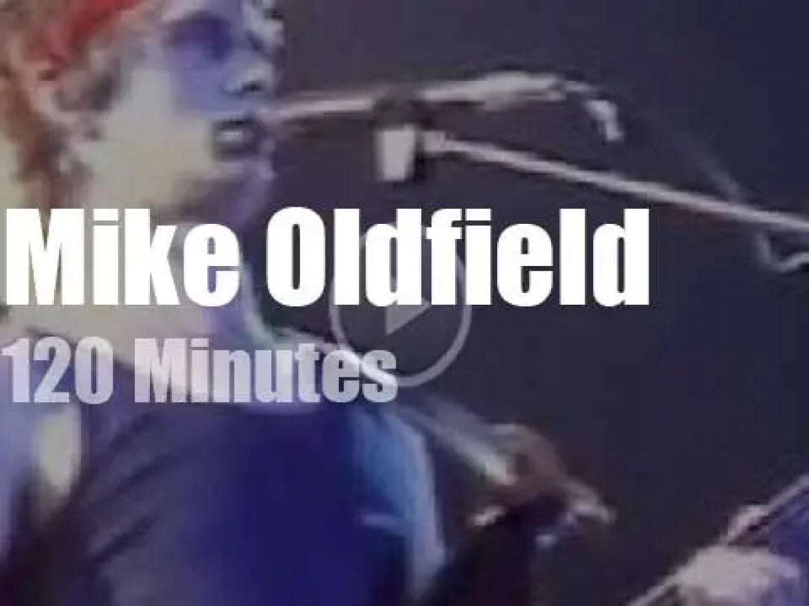 Mike Oldfield plays in London (1983)