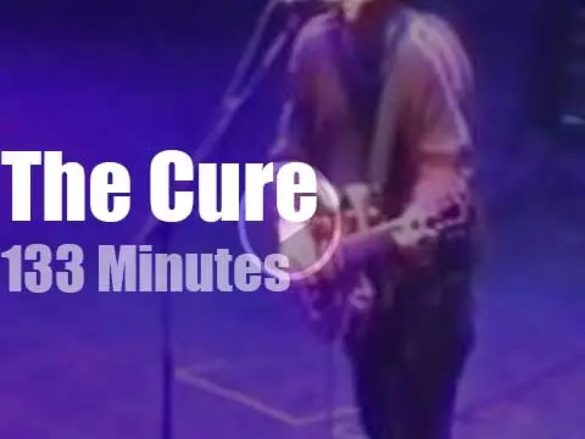 The Cure enchant a Roman theater  (1998)