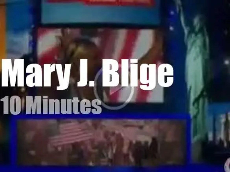 Mary J. Blige supports Obama (2012)