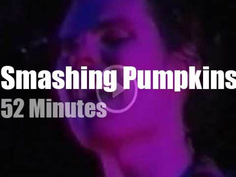Smashing Pumpkins rock Californian 'Lollapalooza' (1994)