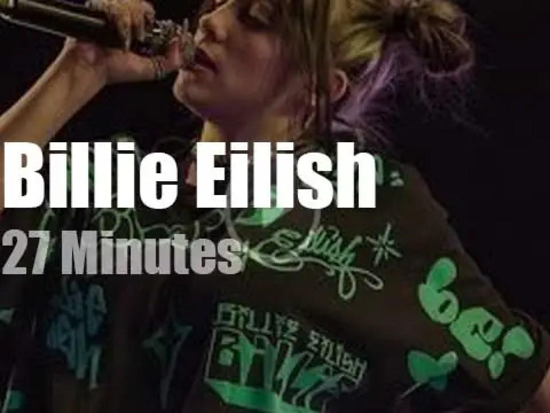 Billie Eilish jumps in Las Vegas (2019)