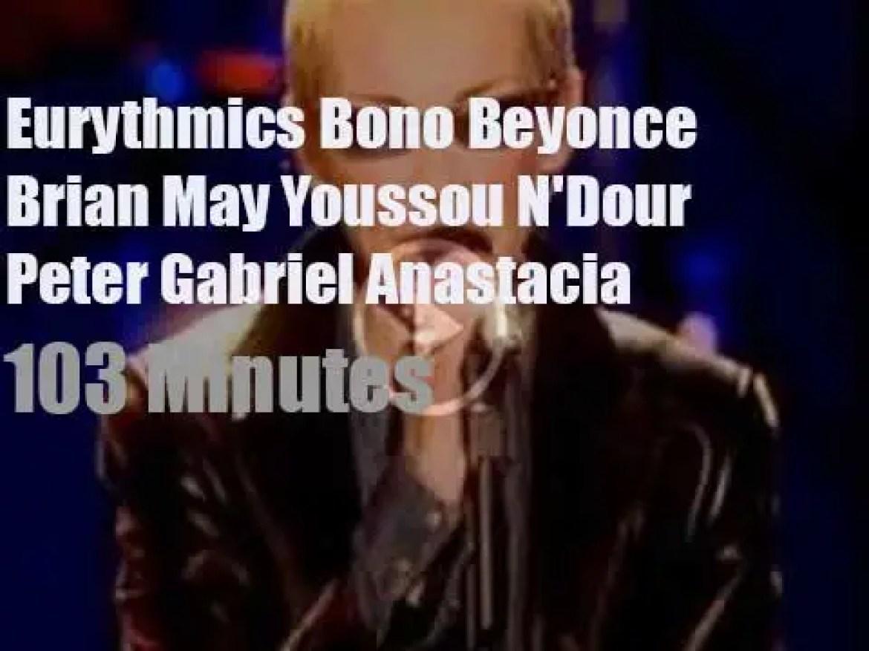 Annie, Bono, Beyonce et al support Mandela's fight against Aids (2003)
