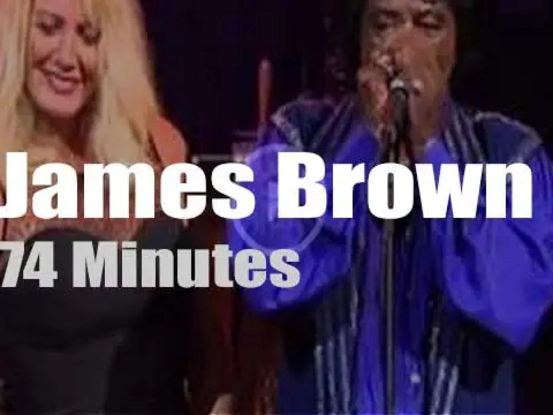 James Brown 'funkifies' Vegas (1999)