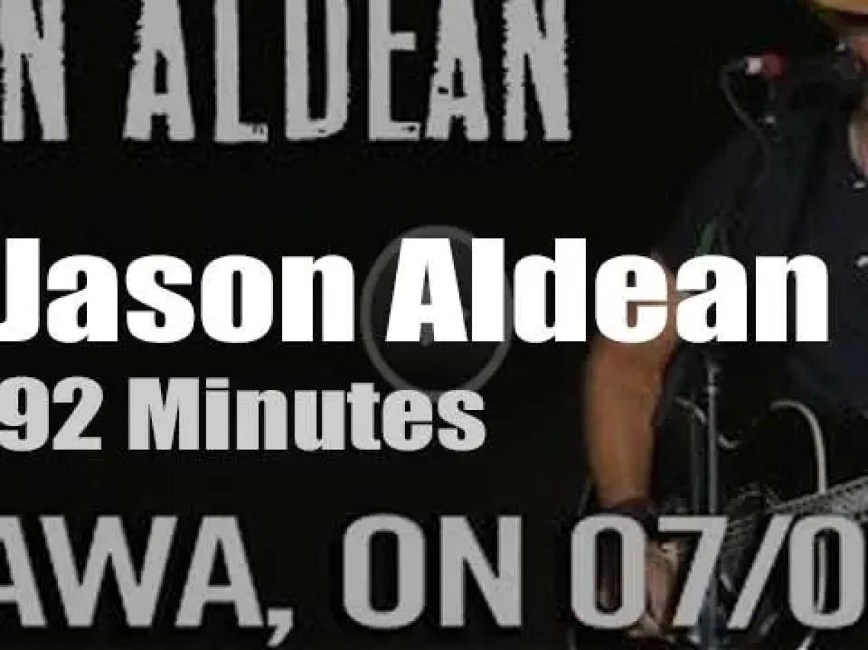 Jason Aldean attends 'Ottawa Bluesfest' (2015)