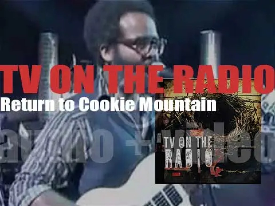 4AD publish TV on the Radio's second album : 'Return to Cookie Mountain' featuring David Bowie (2006)