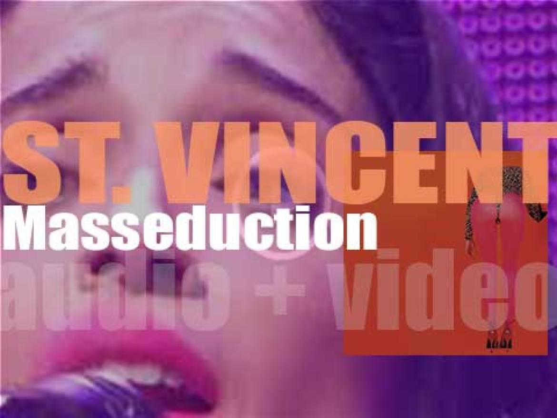 St. Vincent releases her fifth album : 'Masseduction' (2017)
