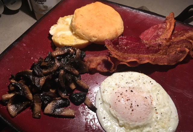 RVEpicure: Biscuits, Bacon, Sautéed Mushrooms, and Eggs