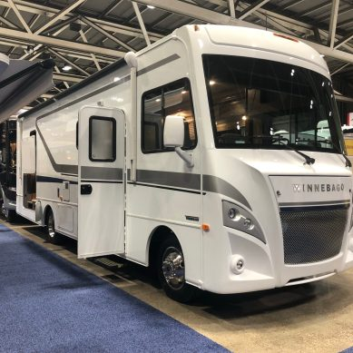 RV Shipments Break Half-Million Mark for First Time