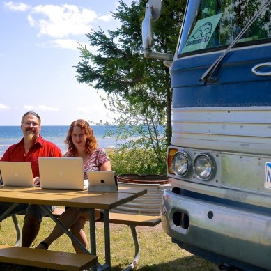 Episode 121 | Chris & Cherie from Technomadia and the Mobile Internet Resource Center