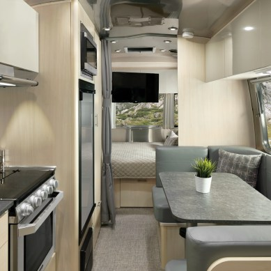 Airstream Refreshes Flying Cloud Décor for 2021