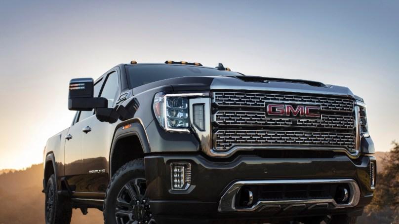 2021 GMC Trucks Feature New Towing Tech