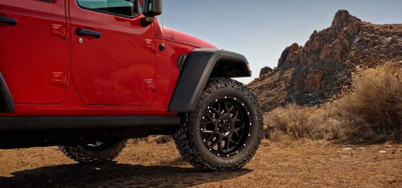 "Cooper Introduces New ""Rugged Trek"" Dual Terrain Tire"