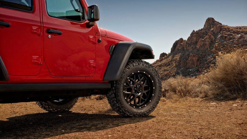 "Cooper Introduces New ""Rugged Trek"" Dual Terrain Tire"