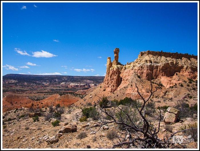 Chimney-Rocks-at-Ghost-Ranch