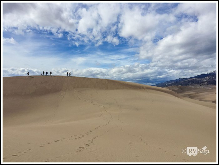 People-on-Sand-Dunes