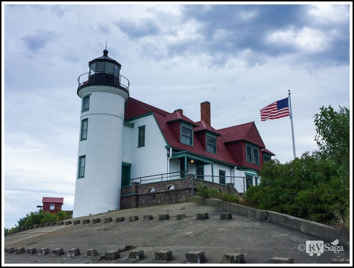 Point-Betsie-Lighthouse