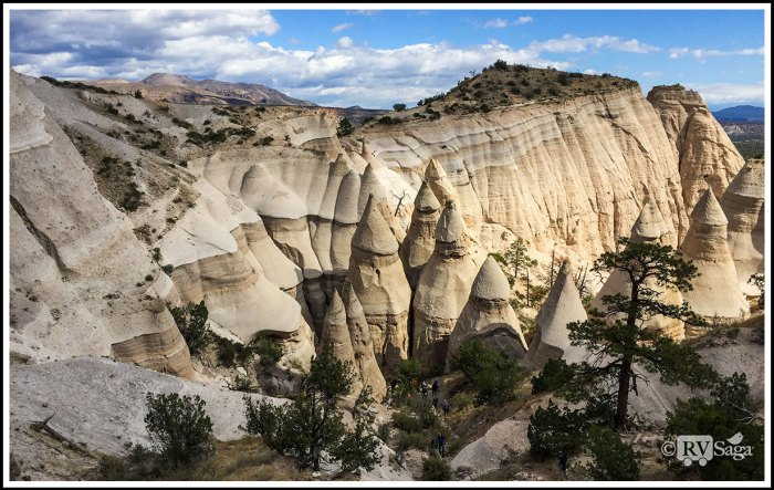 Colored-Cliffs-and-Tent-Rocks