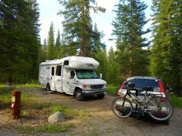 RV Travel with WIN RV Singles