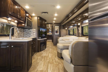 2017 Thor Motorhomes at Hershey RV Show  RV Tip of the Day