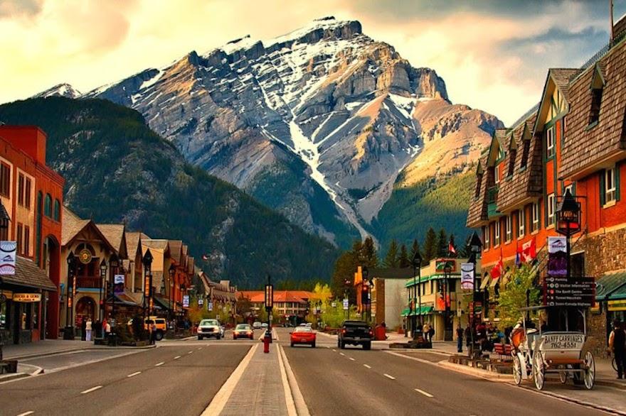 طريق بانف – قلب المدينة الجميلة في كندا