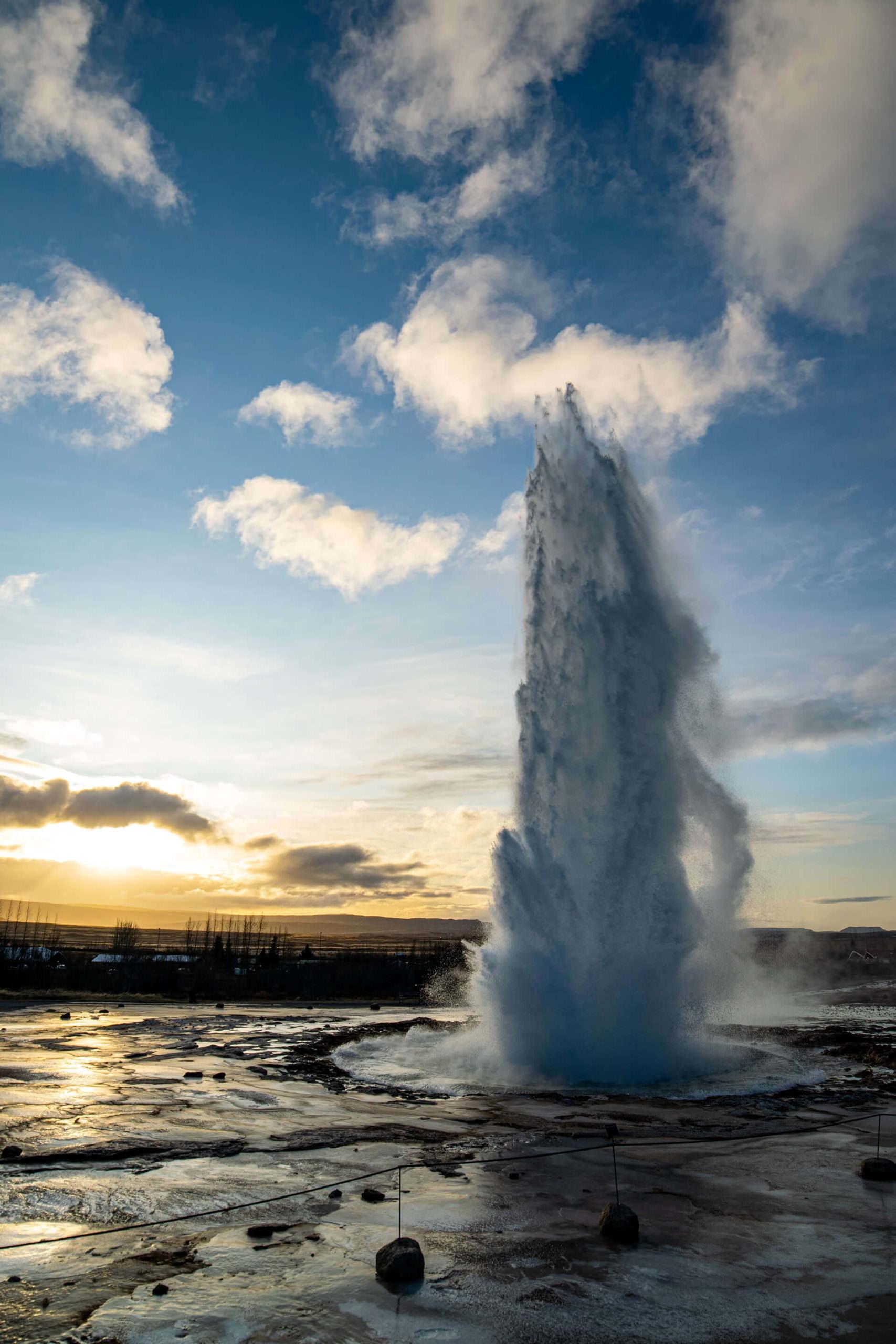 جيسير / ستروكور Geysir/Strokkur - الطبيعة الساحرة في آيسلندا
